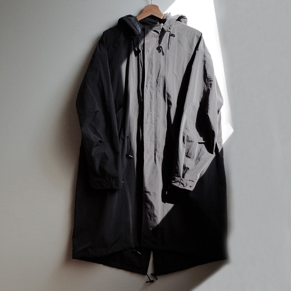 [Art if acts]  Reversible Waterproof Fishtail Shield Charcoal